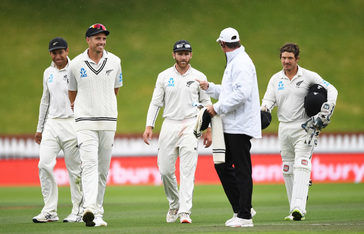 Joe Root, Dean Elgar set to fight in the 1st England-South Africa Test 4
