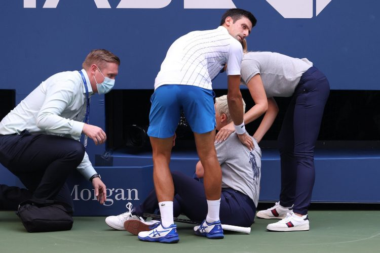 Djokovik will no longer take part in US Open 2020 after being disqualified for accidenally hitting a match official (Credits: Twitter)