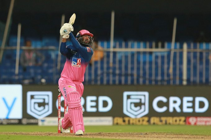 Tewatia struggled for most parts but hold his nerves to win the match for Rajasthan Royals (Credits: Twitter | Rajasthan Royals)
