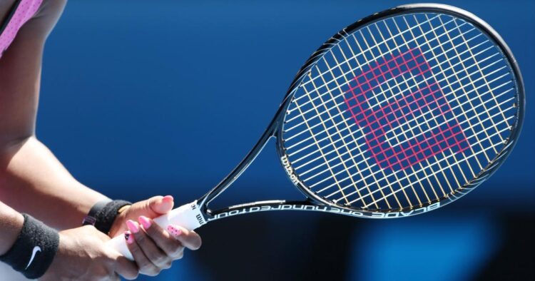 How to Select Tennis Racquets