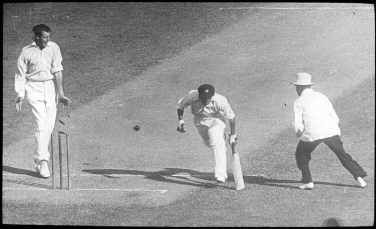 Sir Don Bradman Batting n Ashes 1936-37