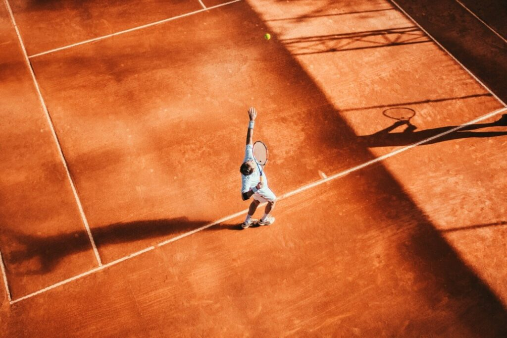 How to Play Tennis Like a Pro? 2