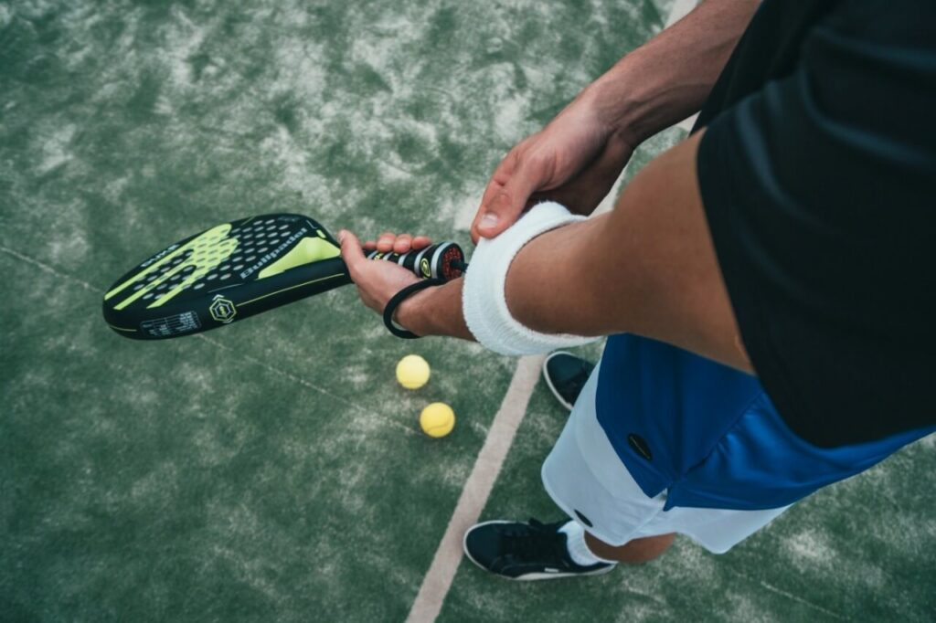 How to Play Tennis Like a Pro? 4